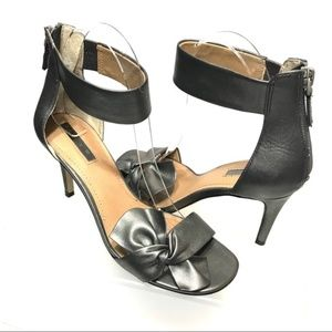 Tahari Dark Gray Bow Ankle Strap Sandals Size 7